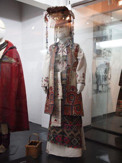 abito da sposa tradizionale Serbia